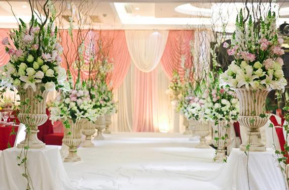 婚礼欧式花柱图片
